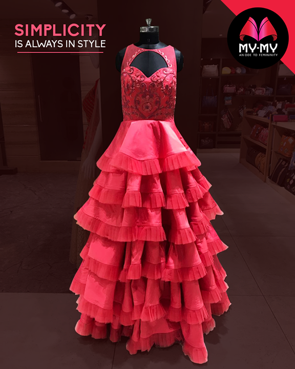Let this dress be the statement piece in your wardrobe.  #Style #CurrentTrend #NewTrend #MyMyAhmedabad #FemalelFashion #Fashion