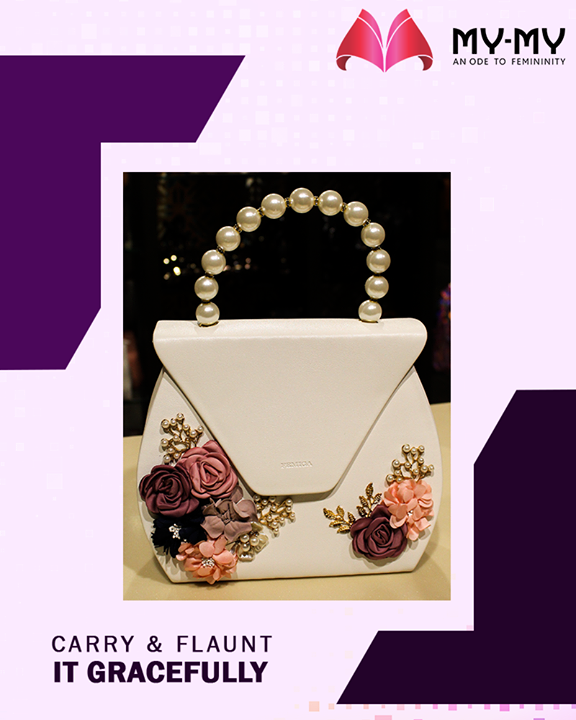 May it be a Diwali party or any relative gathering, this beautiful purse will go hand-in-hand with all your occasions.   #MYMYStore #Shopping #Purse #FashionStore #Gujarat #India