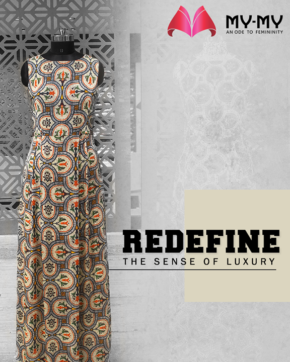 My-My presents to you the opulently designed fashionable ensembles that redefine the sense of luxury.  #RedefineSenseOfLuxury #PhilosophyOfDressing #ContemporaryFashion #FemaleFashion #Ahmedabad #FallForFashion #BeautifulDresses #Sparkle #Gujarat #India