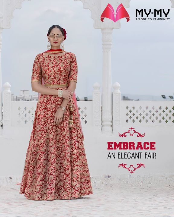 Look your best of your d-day and embrace an elegant flair.  #HeartWinningEthnicWears #BridalCollection #BridesOfIndia #BridalWear #TraditionalWear #FemaleFashion #Ahmedabad #EthnicWear #Elegance #BeautifulDresses #Fashion #Sparkle #Gujarat #India
