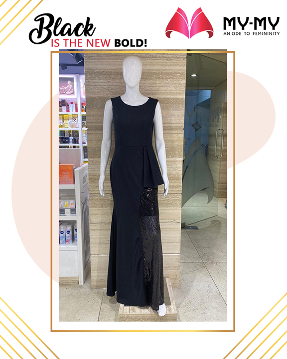 Black is the new bold. Own this classic piece to not to regret ever!  #MyMy #MyMyCollection #ExculsiveEnsembles #ExclusiveCollection #Ahmedabad #Gujarat #India
