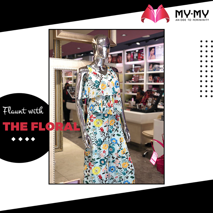 Flowers make Everything Perfect.  #MyMy #MyMyCollection #femalefashion #womensstyle #studentfashion #womensfashionwear #urbanfashion #fashionmotivation #womenclothingstore #womensfashionrange #womensurbanfashion #fashion #vogue #clothes #ExculsiveEnsembles #ExclusiveCollection #Ahmedabad #Gujarat #India