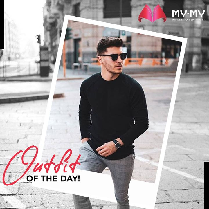 Look ever so Dashing in a black crew neck with grey pants and complete the look with white shoes!   #MyMy #MyMyCollection #ExclusiveCollection #MensClothing #MensFashion #FashionWear #Trendy #Shopping #Clothes #Fashion #CrewNeck #Pants #Shoes #Ahmedabad #Gujarat #India
