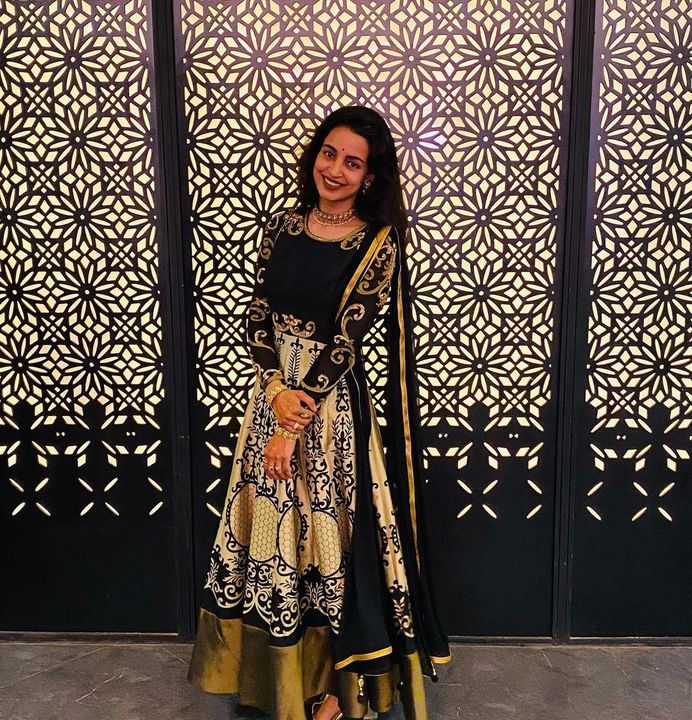 @geetanjali_singh_guinea is looking stunning in a black & golden gown, perfectly reflecting her diva personality!  #ClientDiaries #MyMyCollection #Clothing #Fashion #Outfit #FashionOutfit #Dress #Kurta #EthnicCollection #FestiveWear #WeddingOutfits #Style #WomensFashion #Ahmedabad #SGHighway #SGRoad #CGRoad #Gujarat #India