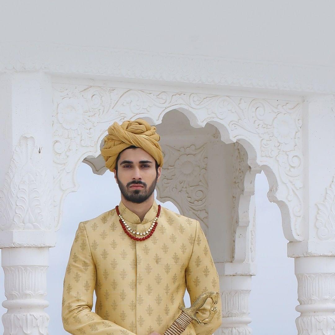 The win-some, exquisite ethnic ensembles will invoke elegance and make your style statement stand out!  #ExquisiteEnsembles #WinsomeDresses #InvokeElegance #RedefineSenseOfLuxury #PhilosophyOfDressing #ContemporaryFashion #FemaleFashion #Ahmedabad #FallForFashion #BeautifulDresses #Sparkle #Gujarat #India