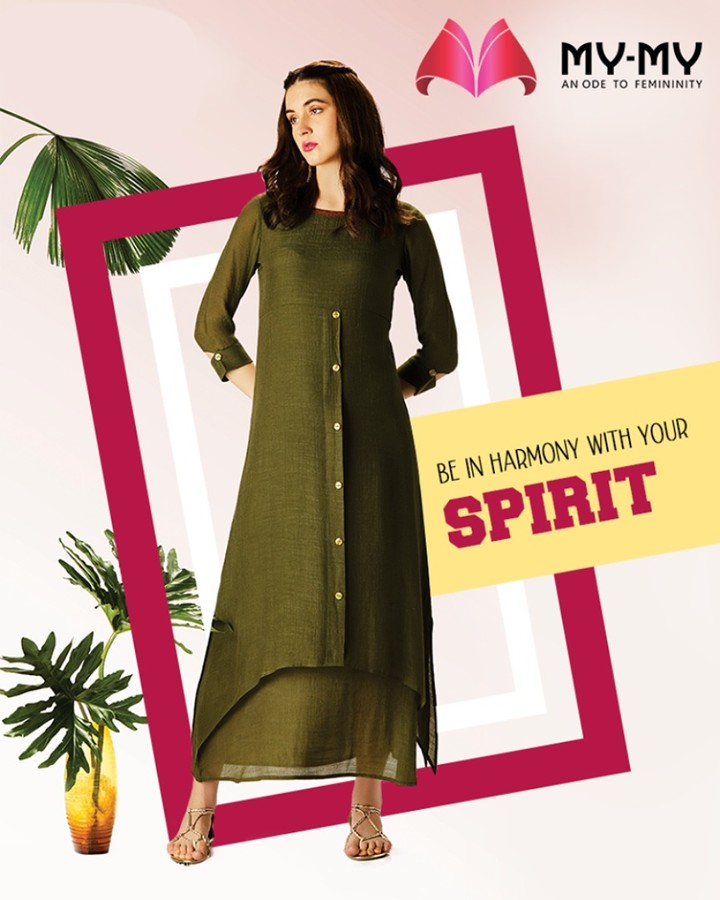 Look gorgeous in green and be in harmony with your spirit.  #GorgeousInGreen #TrendingOutfits #AssortedEnsembles #AestheticPerfection #ChicAndBold #LookStellar #FascinatingFashionDestination #FemaleFashion #Ahmedabad #Sparkle #Gujarat #India
