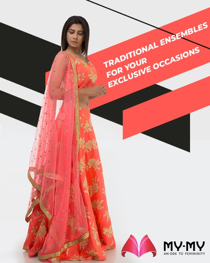 Give yourself a spectacular look by adorning this exquisitely designed lehenga-choli set from My-My.  #TwirlNSwirl #TraditionalEnsembles #EthnicCollection #BridesOfIndia #BridalWear #TraditionalWear #FemaleFashion #Ahmedabad #EthnicWear #BeautifulDresses #Sparkle #Gujarat #India