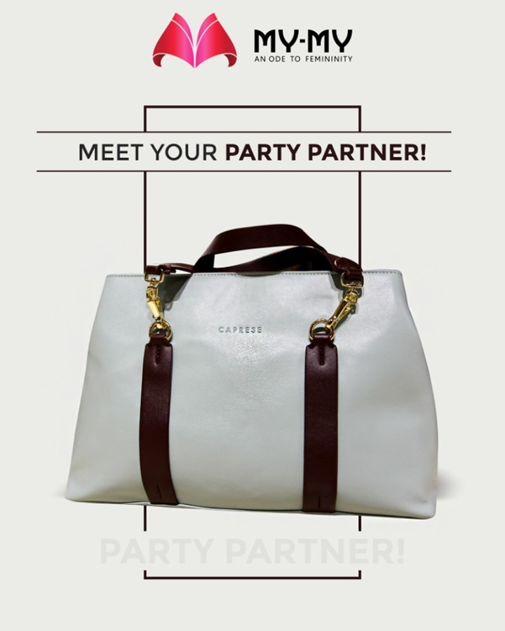 This white shaded Caprese handbag is your next-to-go-party partner!  #BagThemAll #MYMYStore #BagsToFallFor #EverydayEssentials #Fashion #DesignerBags #Shopping #FashionStore #Gujarat #India