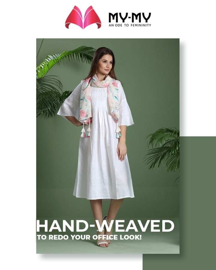 Revamp your office look with this easy-breezy white shade Kurta!  #MyMy #MyMyCollection #ExculsiveEnsembles #ExclusiveCollection #Ahmedabad #Gujarat #India