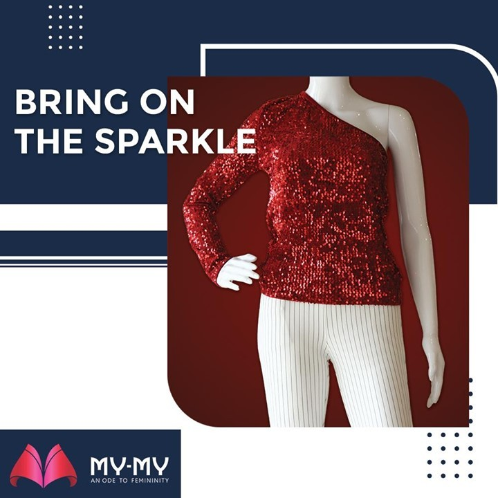 Be a Sparkling Queen on the New Years Eve! This red sequined top is here to raise your celebration spirits.  #MyMy #MyMyCollection #Clothing #Fashion #Outfit #FashionOutfit #Top #NewYearOutfit #FancyWear #WinterOutfits #Style #WomensFashion #Ahmedabad #SGHighway #SGRoad #CGRoad #Gujarat #India
